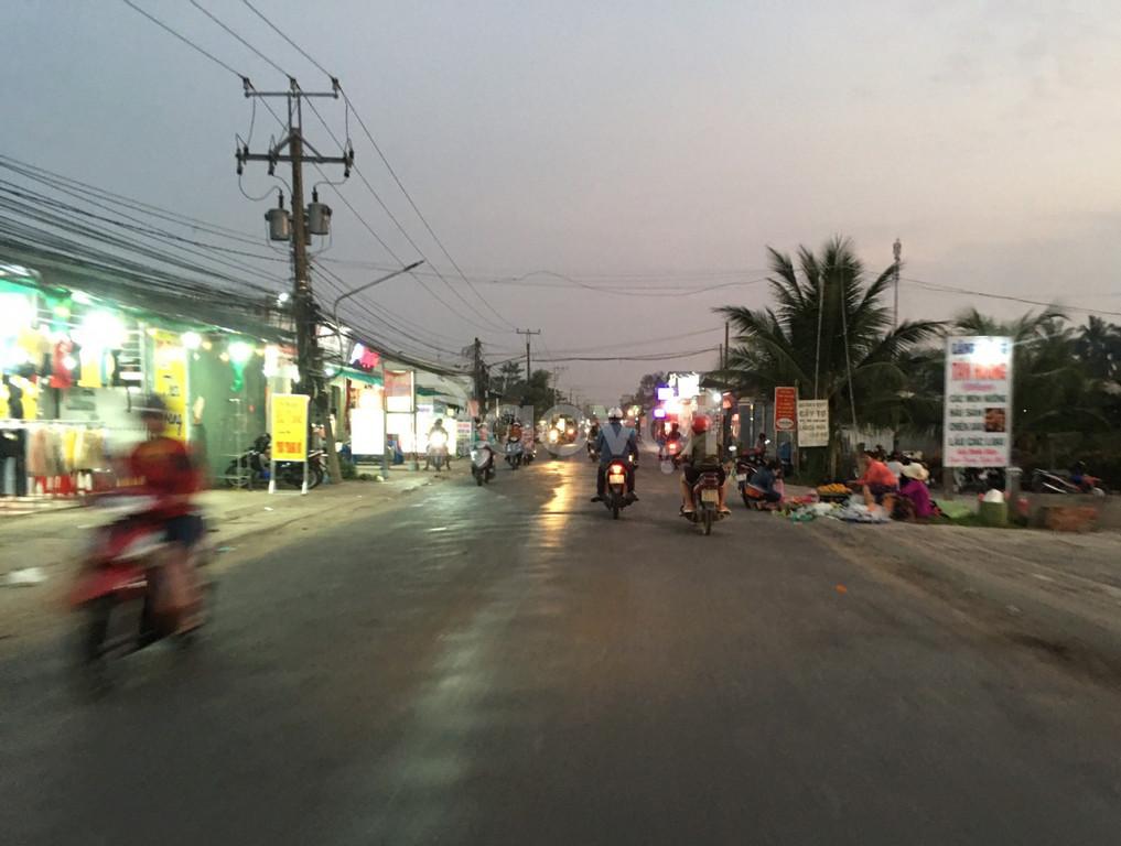 Đất nền sổ hồng, giá rẻ, sát khu công nghiệp Tân Hương