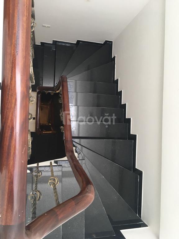 Bán nhà mặt ngõ Xuân La, vị trí kinh doanh, 55m2, 6 tầng, có thang máy