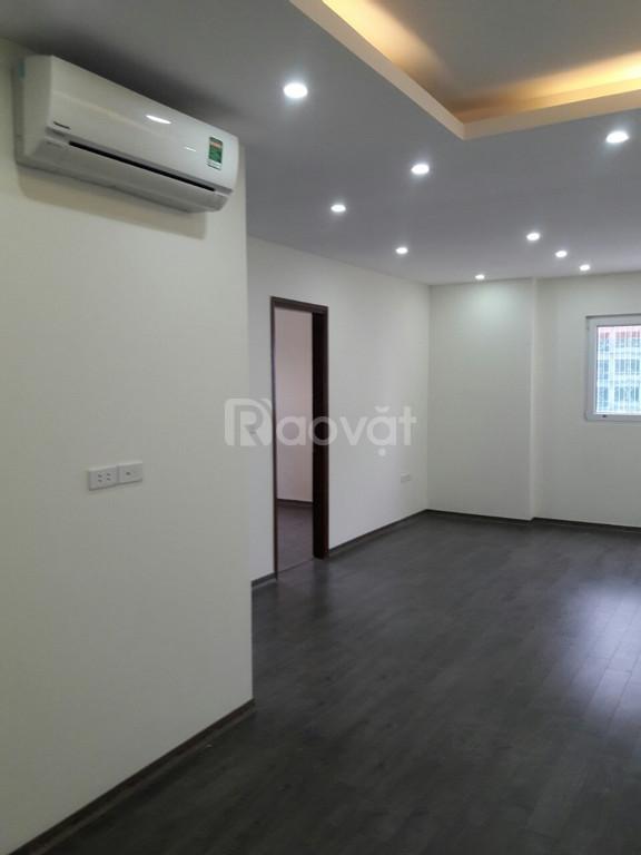Bán gấp căn hộ 2PN, 55m2, KĐT Nghĩa Đô- 106 Hoàng Quốc Việt.