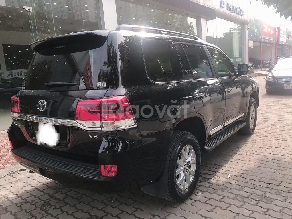 Bán Toyota Land Cruise 4.6,đăng ký 2016,màu đen,1 chủ từ đầu