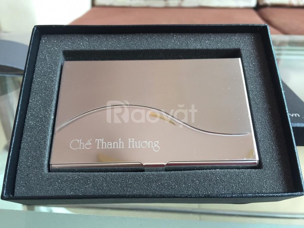 Hộp name card inox khắc tên, khắc logo làm quà tặng quảng cáo
