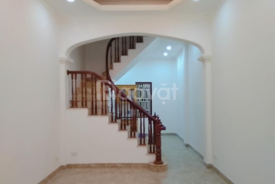 Trung tâm Đống Đa, xã Đàn, nhà rẻ, đẹp, 40m2, 4 tầng, giá 3.3ỷ
