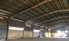 Cho thuê kho Yên Viên, Gia Lâm 1200m2, mặt tiền 26m, trần cao 15m.