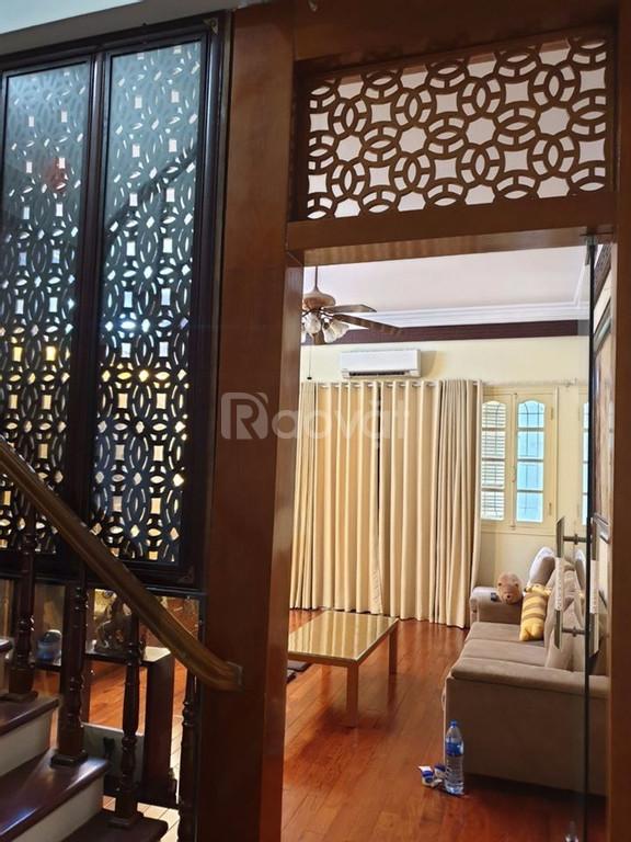 Nhà mới, đẹp, lô góc, thang máy, phố Nguyễn Chí Thanh, Đống Đa, 60m2x5T, 5.4 tỷ