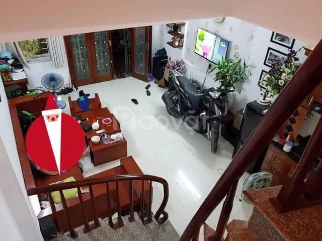 Bán nhà Trung Kính, Yên Hòa, 30m2, 5tầng giá chỉ 2.6tỷ