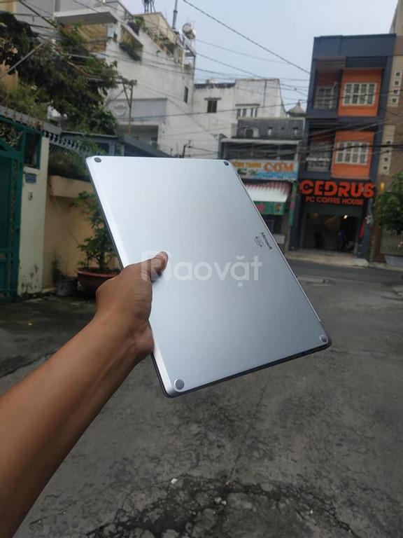Microsoft Surface Laptop 2 / Intel Core I7 / Xách tay USA