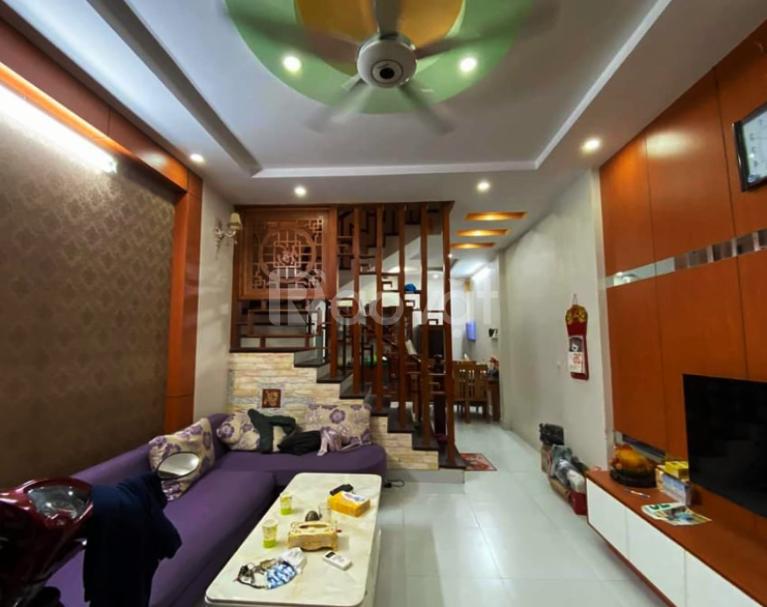 Bán nhà phố Đặng Văn Ngữ 39m2, 4 tầng, ô tô vào nhà