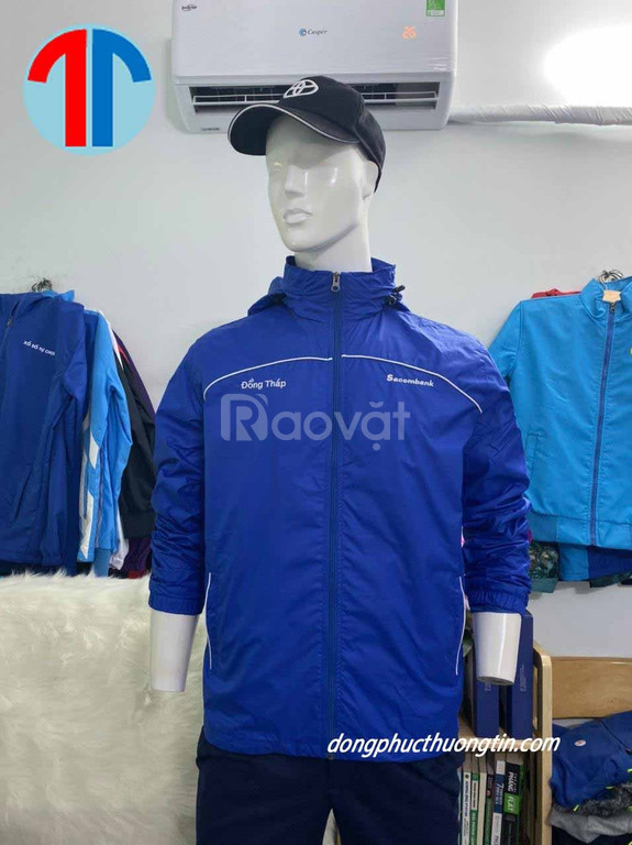 Xưởng may đồng phục áo khoác giá rẻ Cần Thơ