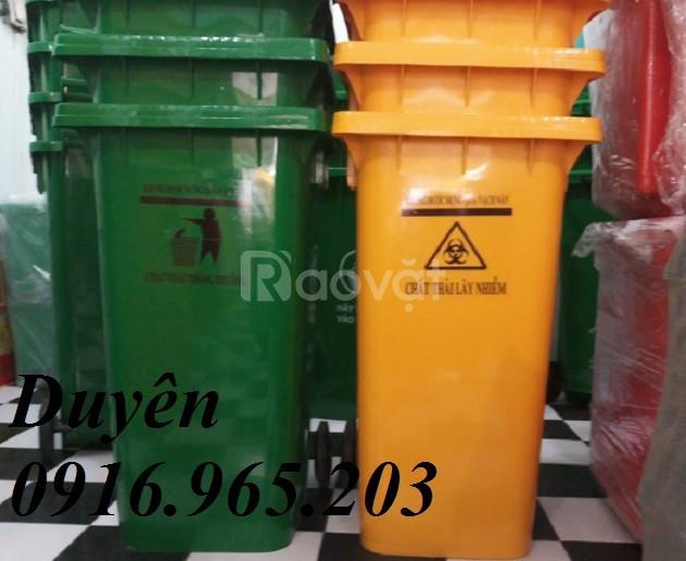 Giảm giá thùng đựng rác chất lượng 240l tại TP.HCM