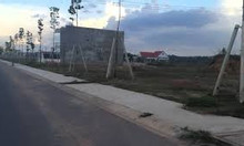 Hàng ngộp hai lô đất sổ đỏ ngay khu công nghiệp Bàu Bàng