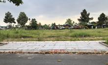 Còn 1 nền lộ 14m đi thẳng ra Lê Hồng Phong, chỉ cần trả 650tr