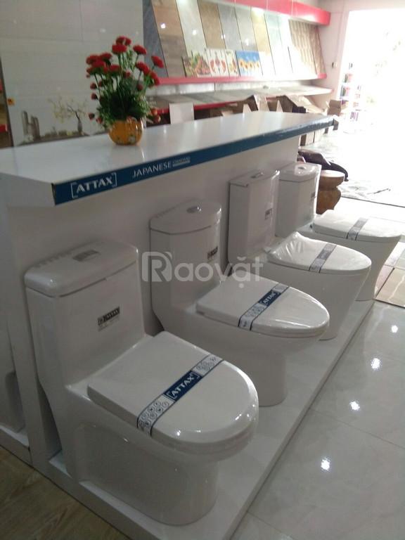 Hỗ trợ kệ trưng bày thiết bị vệ sinh cho showroom trên toàn quốc.