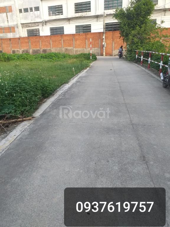 Cần bán đất ở đường Hưng Định 25