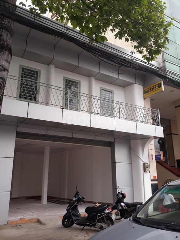 Cho thuê nhà nguyên căn tại 58 Hải Thượng Lãn Ông, P.10, Q.5 DT 225M