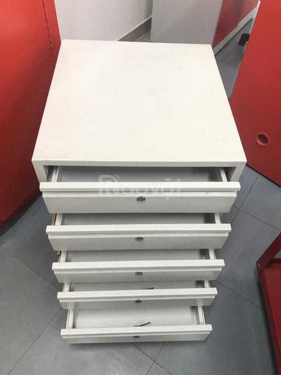 Tủ đựng hồ sơ văn phòng nhỏ gọn nhẹ