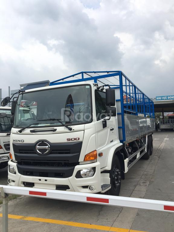 Hino FL8JW7A 16 tấn thùng mui bạt