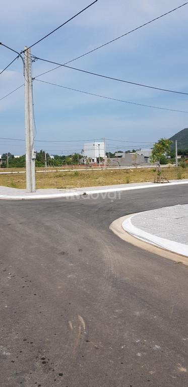 Bán lô đất 100m2 mặt tiền đường DT44A nhựa 30m, xã Long Điền, BRVT