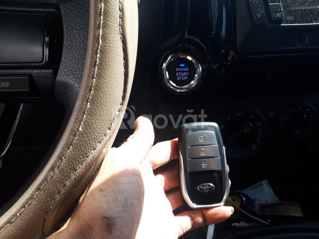 Toyota Hilux - Nâng cấp start stop smartkey chính hãng