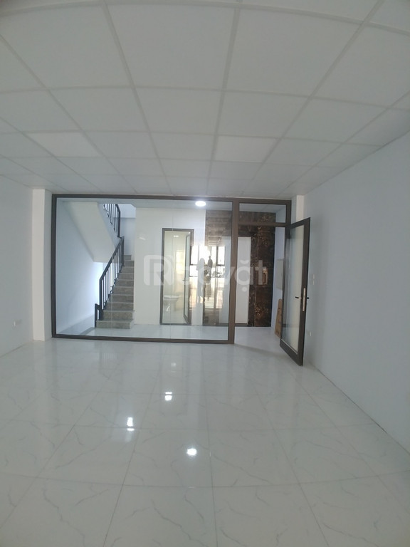 Cho thuê văn phòng đẹp, còn 2 sàn văn phòng Thanh Xuân