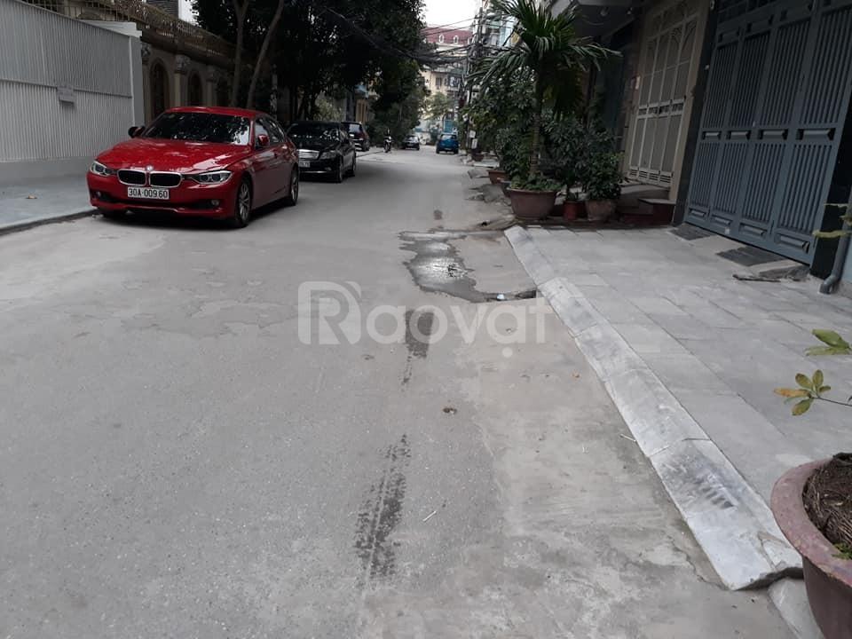 Bán nhà cạnh Trường Cao Đẳng Du Lịch Hà Nội DT110m