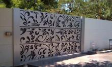 Phong cách cổ điển sang trọng với cổng sắt uốn mỹ thuật
