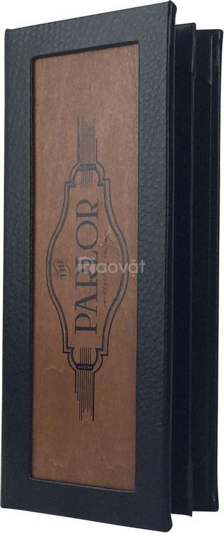 Làm menu nhà hàng, tìm làm menu nhà hàng, in menu bìa cứng giả gỗ,
