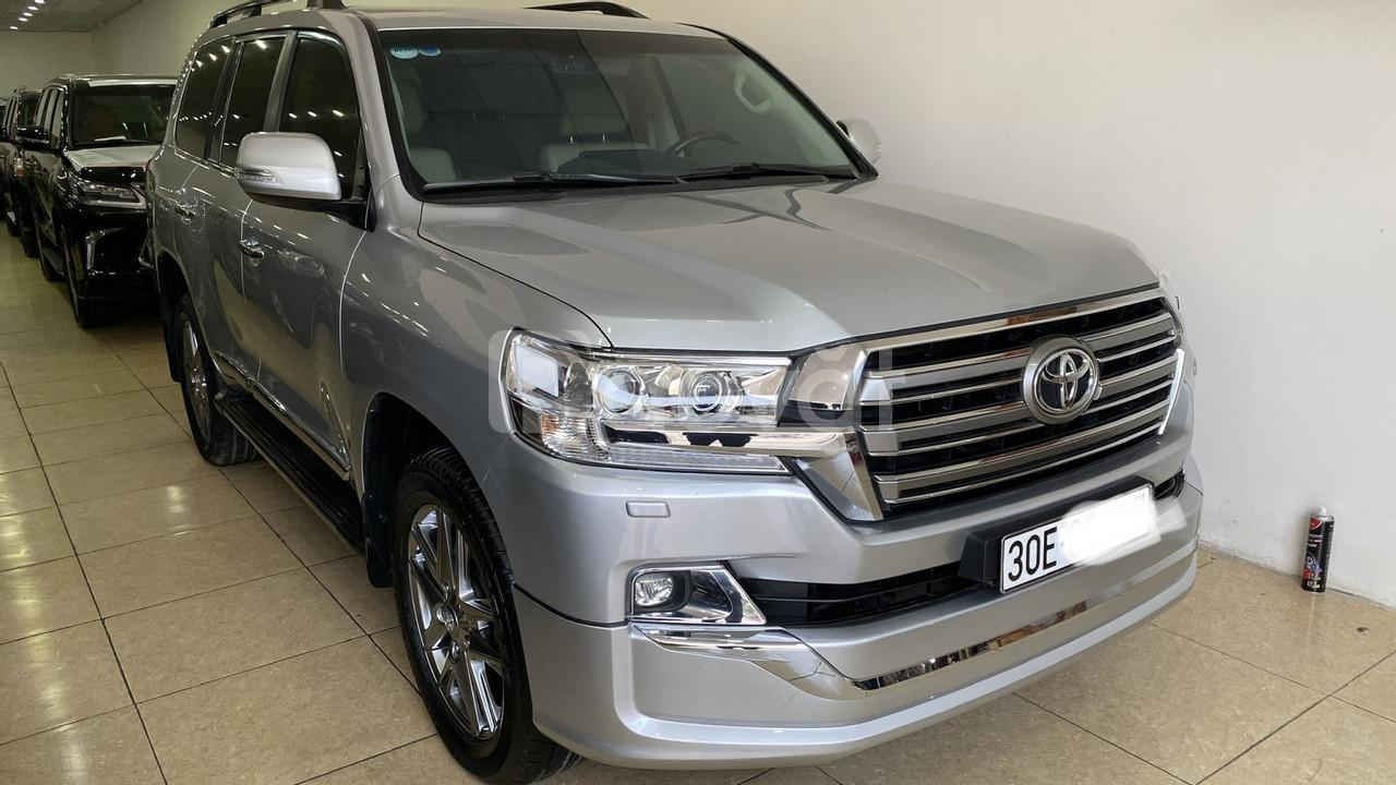 Bán Toyota Land Cruise 4.6,màu bạc 2016,Hóa đơn VAT 1,7 tỷ ,xe siêu mớ