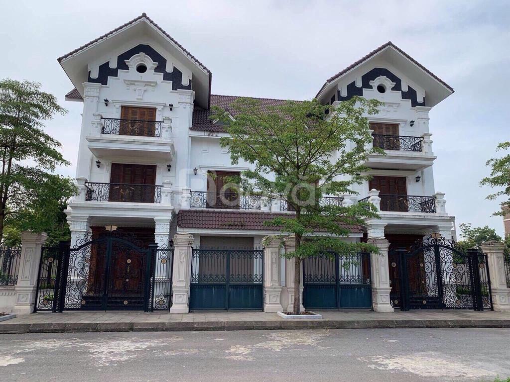 Bán biệt thự Pháp - Hòa Lạc Premier Residence, gần sân golf Đồng Mô
