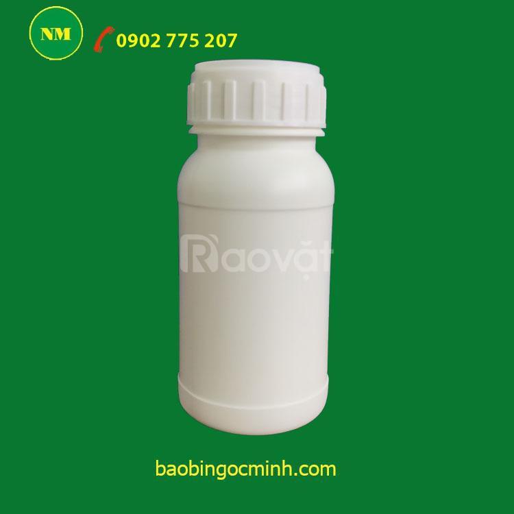 Chai nhựa đựng chất lỏng, hóa chất, thuốc thú y, thuốc trừ sâu