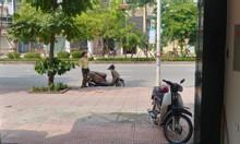 Cần bán nhà mặt phố Cổ Linh,Thạch Bàn, Long Biên 35m 6 tầng 6.8tỷ.
