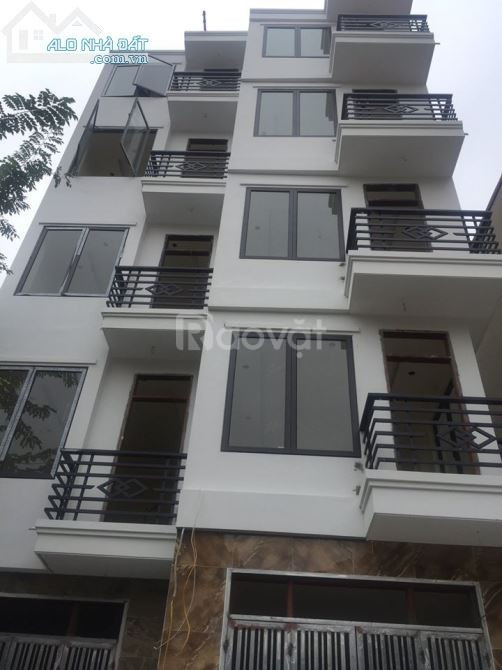 Bán nhà ngõ 256 Trần Cung DT 100m, 6 tầng, thang máy