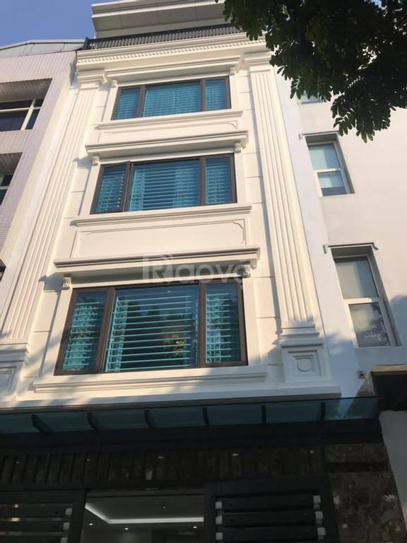Cần bán nhà ngõ 189 Trung Kính 5 tầng, mặt tiền 5m