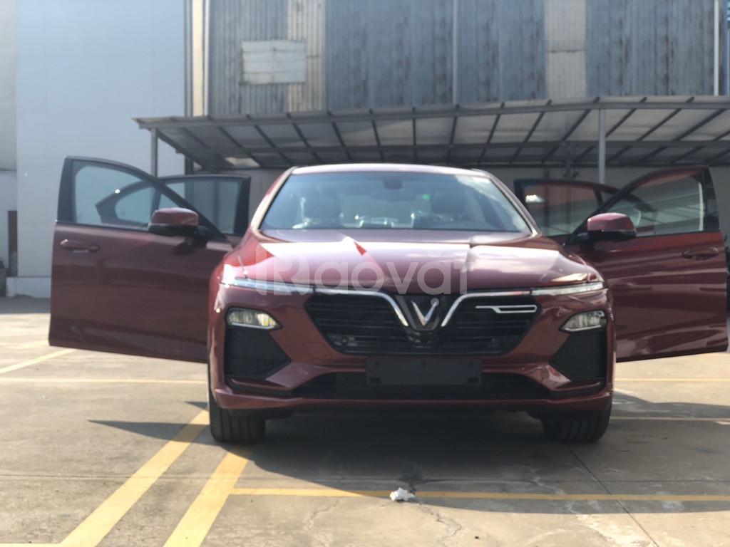Xe VinFast Lux A2.0 trả góp miễn lãi suất 2 năm