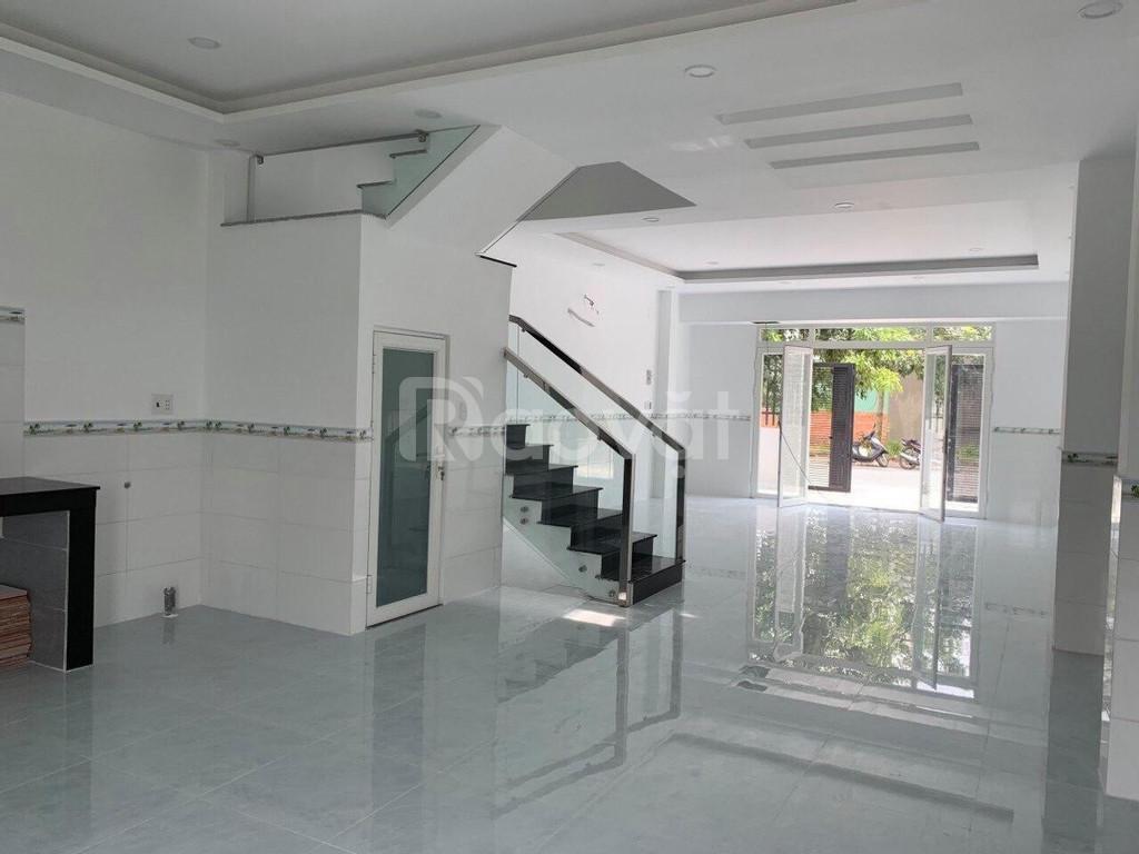 Bán nhà 100m2 Hoàng Phan Thái có sổ riêng, giá 2 tỷ thương lượng