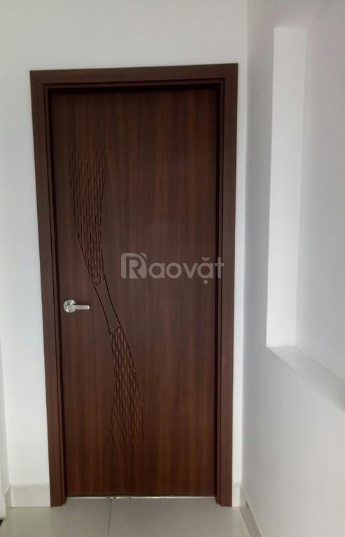 Cửa nhựa giả gỗ ABS Hàn Quốc cao cấp, cửa ABS (ảnh 1)