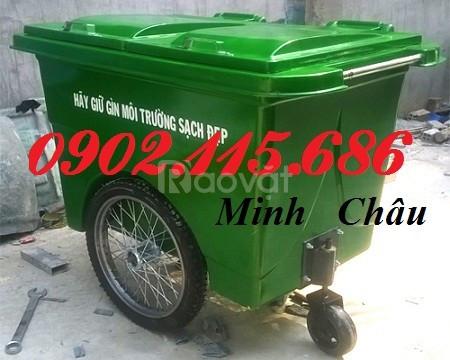 Xe gom rác 660l 3 bánh hơi, xe gom rác 660L nhựa composite
