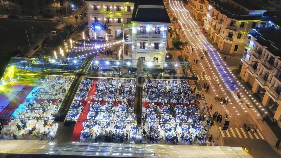 Bán nhà mặt tiền kinh doanh đối diện cafe Trung Nguyên Legend,3,5 tỷ
