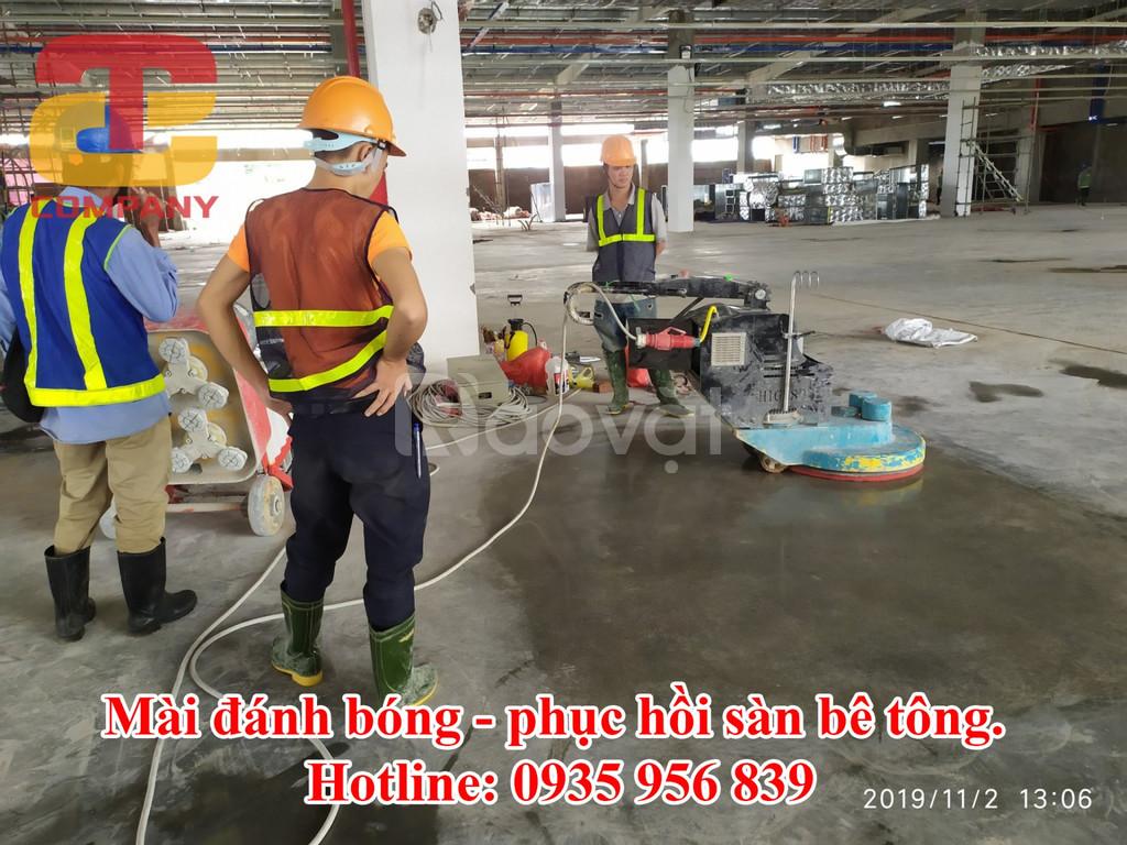 Mài tăng cứng sàn bê tông nhà xưởng ở Quảng Ngãi