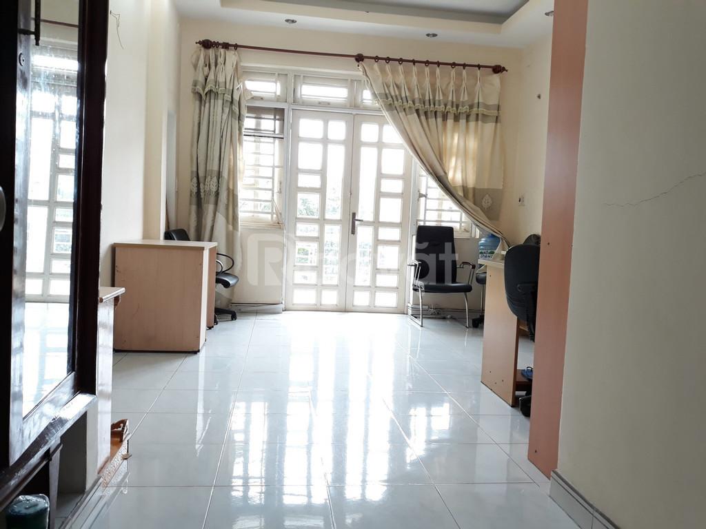 Cho thuê nhà 1 trệt, 3 lầu MT đường Bùi Tá Hán, quận 2, giá chỉ 26tr