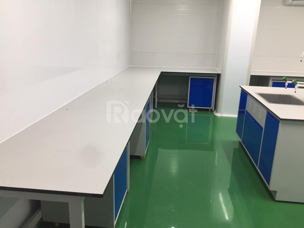 Chuyên sản xuất lắp đặt bàn thí nghiệm chuẩn phòng lab