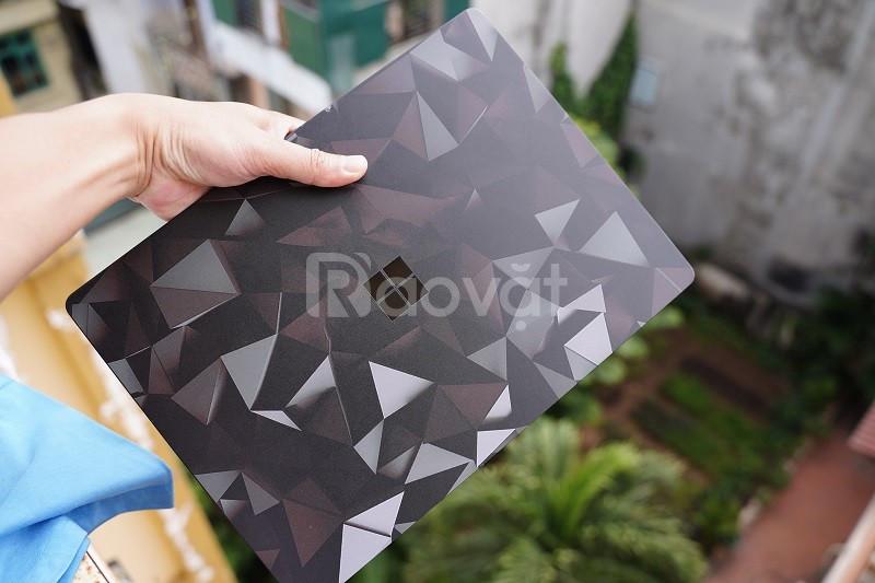 Bán Surface Laptop 2 màu đen còn rất mới