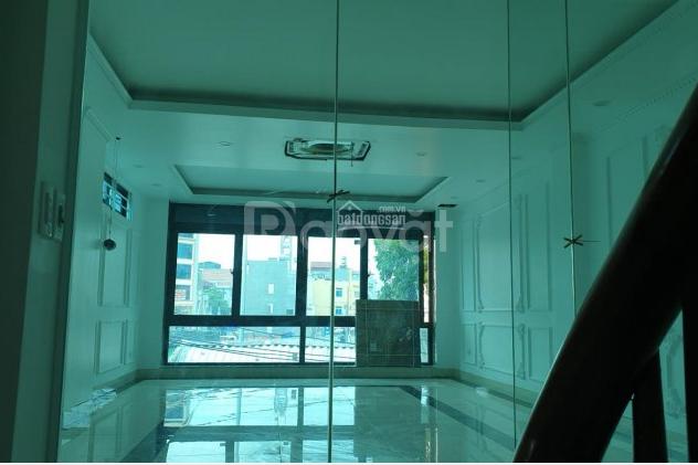 Bán nhà mặt phố Phạm Văn Đồng, Cổ Nhuế 1, Bắc Từ Liêm, Hà Nội