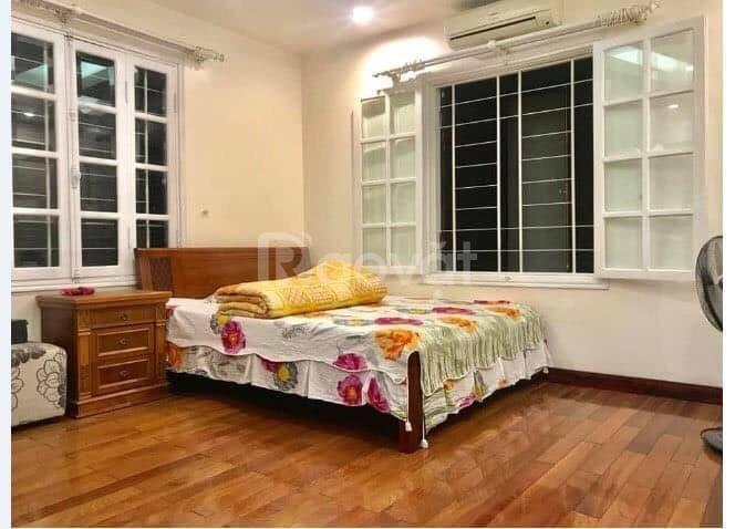 Cần bán nhà ngõ  255 Trần Duy Hưng DT 38m2, 5 tầng