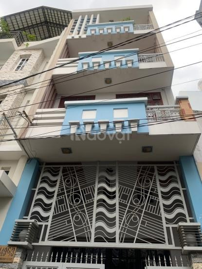 Cần bán gấp nhà 3 lầu mới đường Lê Quang Định, dt 4,6x15