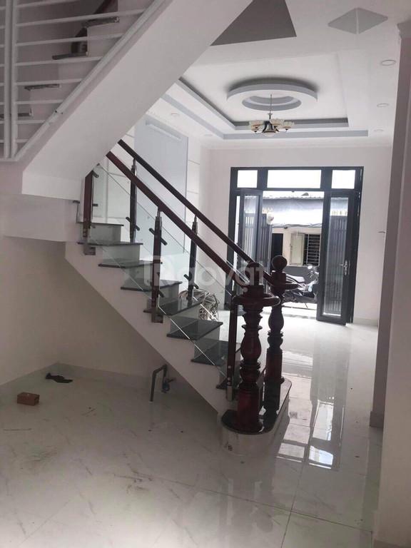 Cho thuê nhà nguyên căn 1 trệt 2 lầu 4pn 3wc Nhà Bè 7 triệu