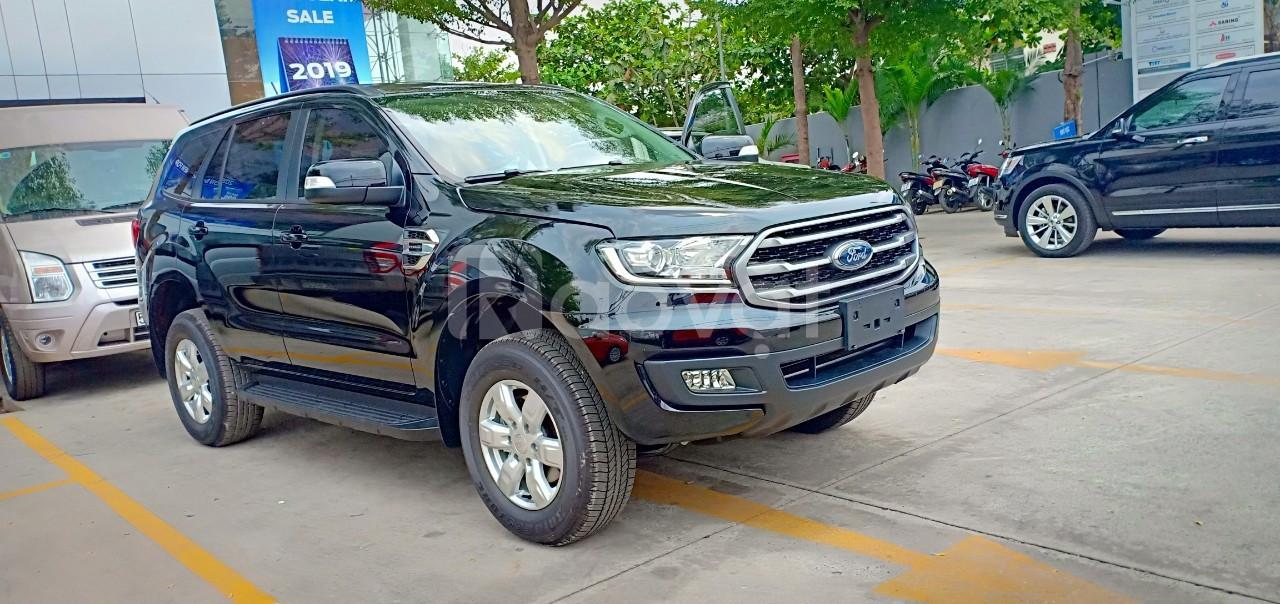 Ford Everest, giá tốt, ưu đãi lớn, liên hệ ngay Xuân Liên