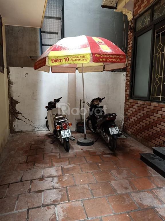 Gần phố Minh Khai, Hai à Trưng 38m2 x 4T giá 2,5 tỷ, SĐCC