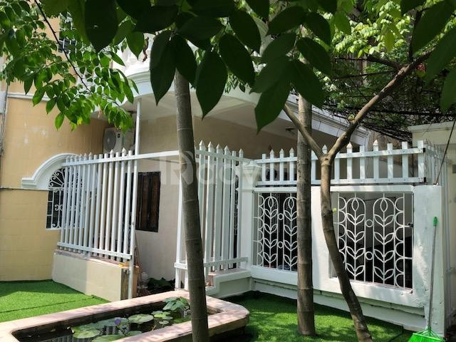 Cho thuê nhà riêng Nguyễn Văn Cừ 100m2, 4 tầng đầy đủ nội thất 10tr/th
