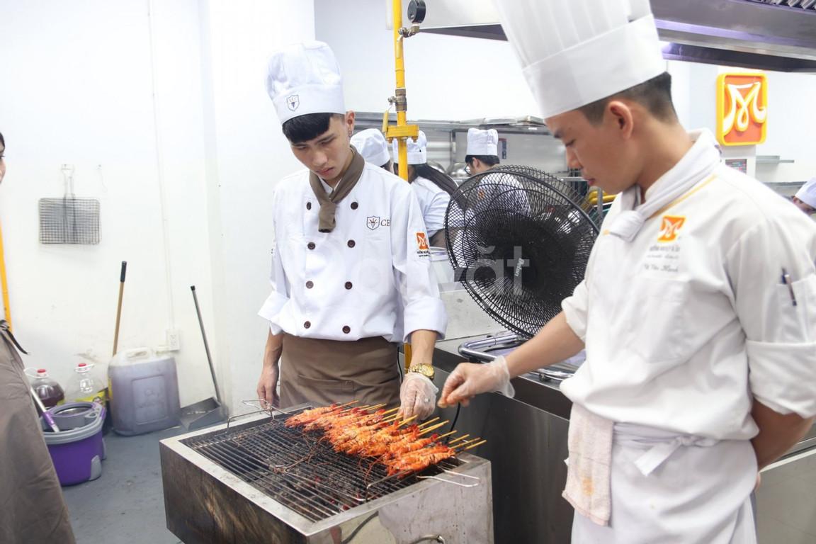 Học Nấu Ăn CET - Đào tạo đầu bếp chuyên nghiệp, uy tín, chất lượng cao