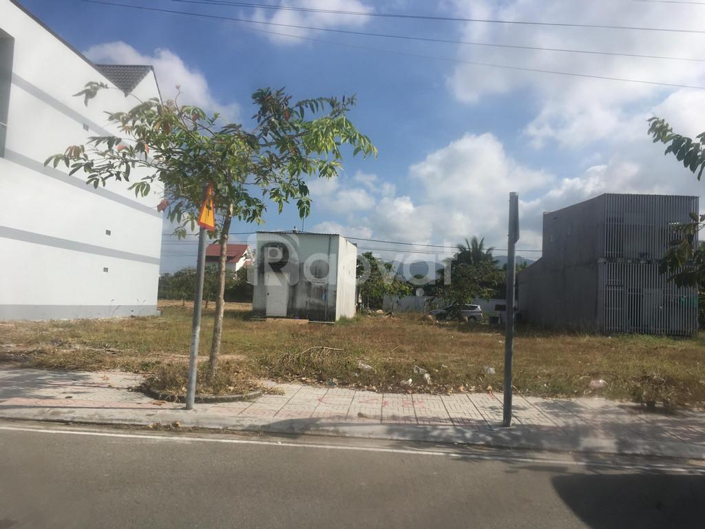 Đất nền mặt tiền đường QL51 thị xã Phú Mỹ giá 700 triệu/nền giá 90m2